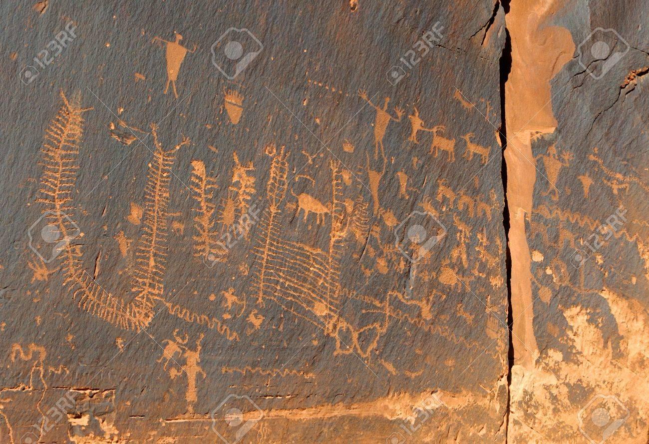 インドの古代のペトログリフのロ...