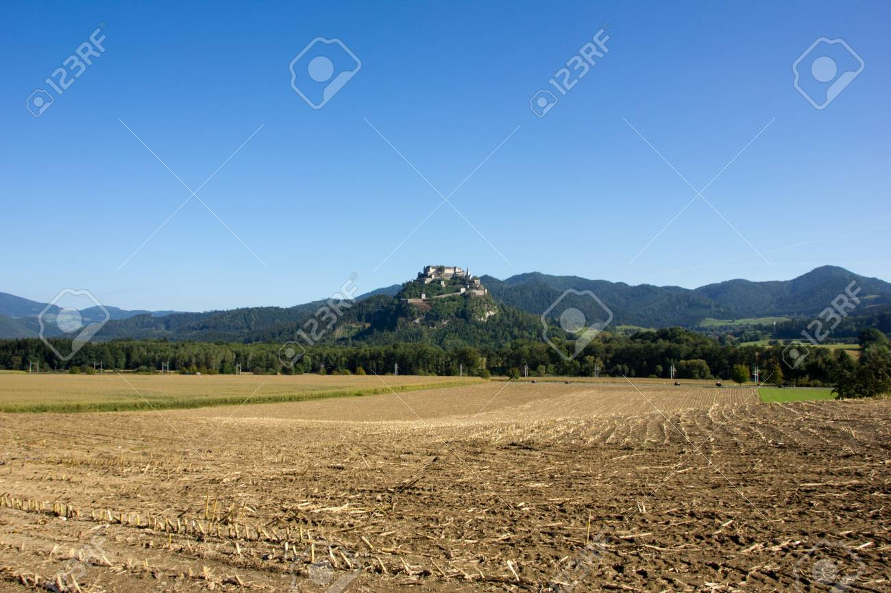 A beautiful castle in the landscape Stock Photo - 15156726
