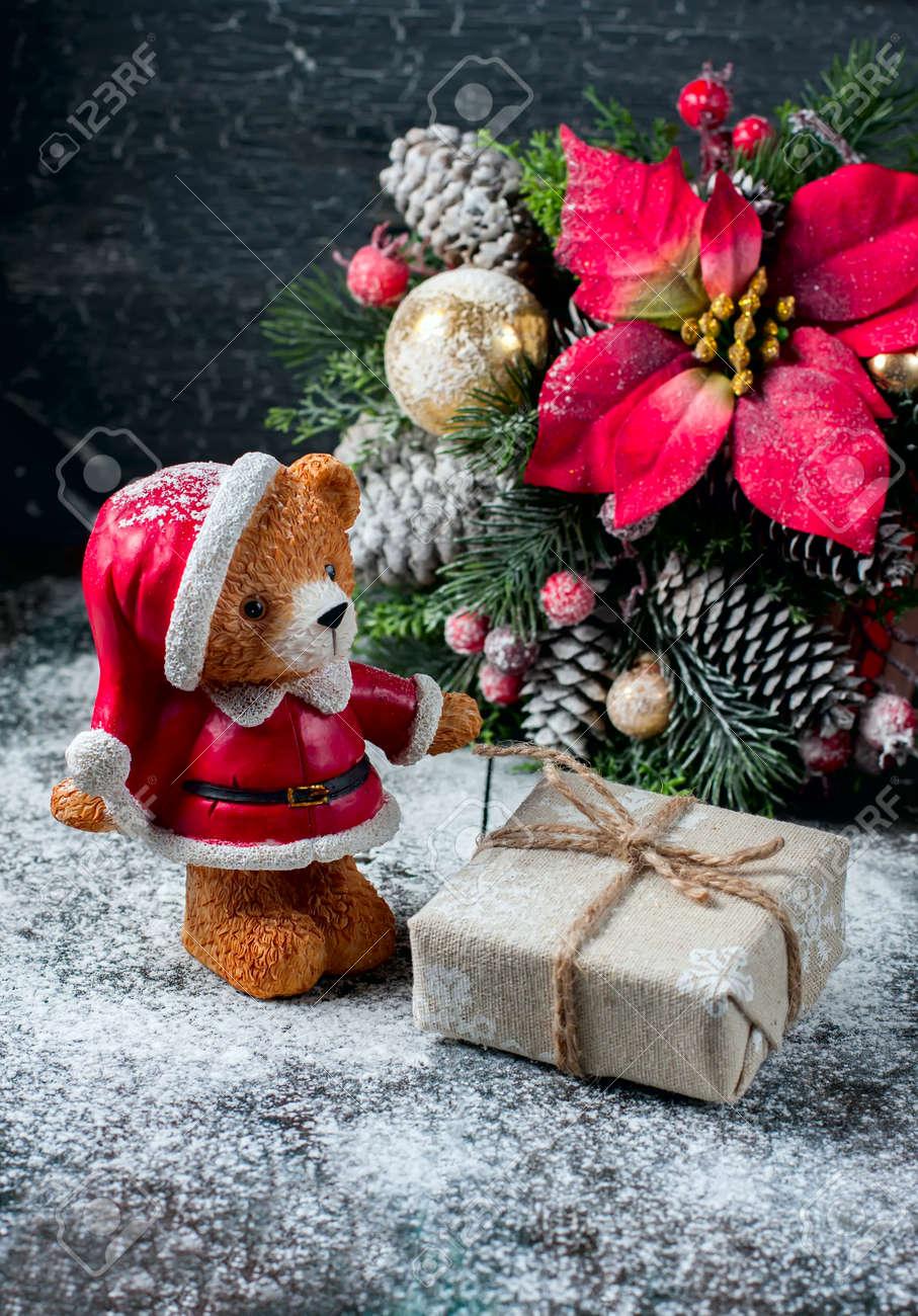 Santa Teddybär, Geschenk-Box Leinentuch Gewickelt Und Mit ...