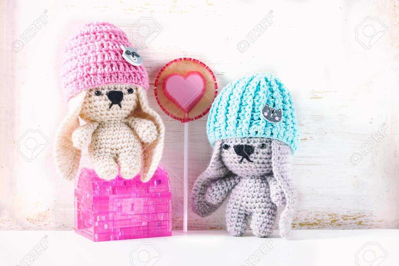 Creepy but cute crochet amigurumi dolls - mallooknits.com | 866x1300
