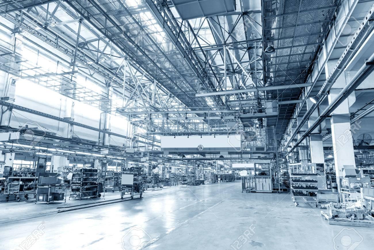 Production of automobile engine plant Standard-Bild - 34705370