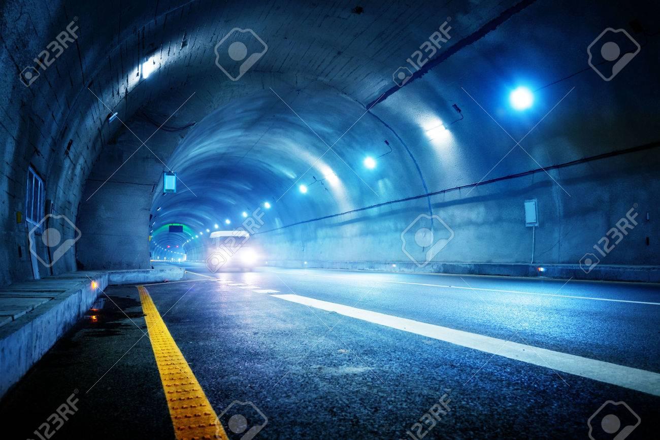 High-speed car in the tunnel, Motion Blur. Standard-Bild - 35475548