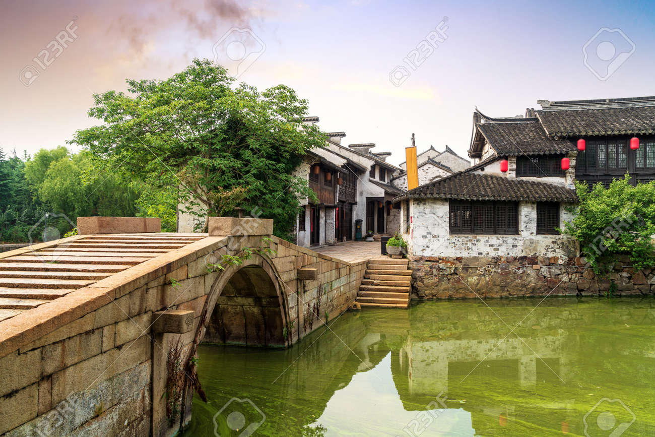 Wuxi, a famous water town in China - 104153614
