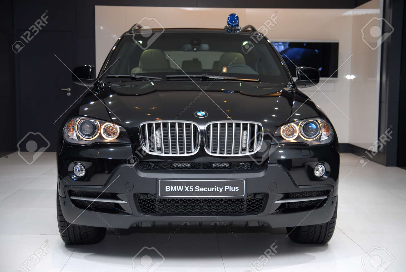 FRANKFURT - SEP 20: BMW X5 Security Plus - Efficient Dynamics ...
