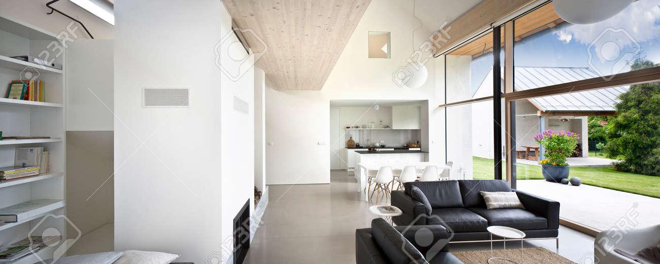 Interieur Grande Maison De Luxe Grand Espace De Vie Banque D Images