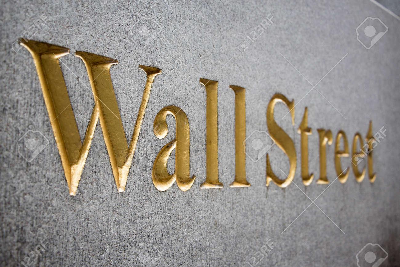 Wall Street sign - 30871017