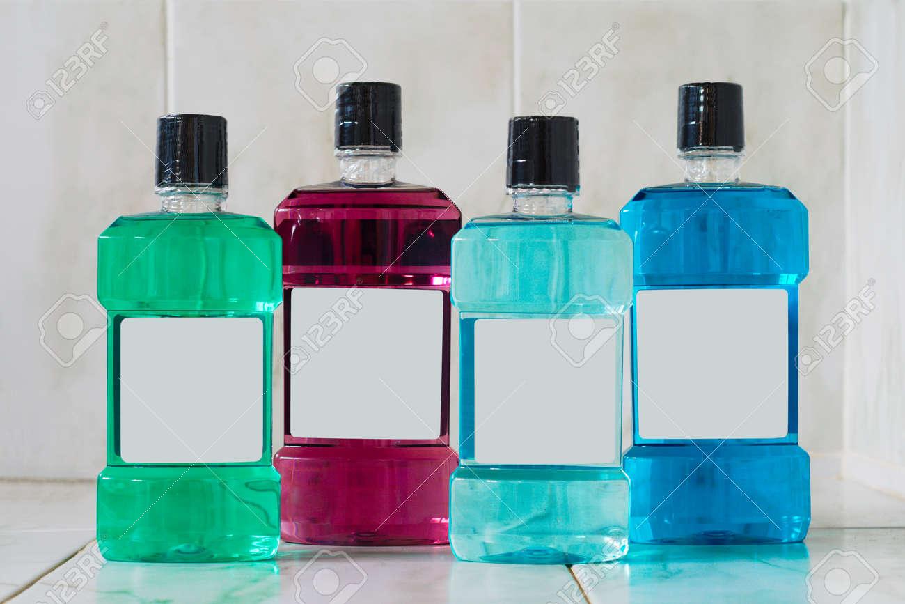 Salle De Bain Bouche ~ quatre bouteilles color es de rince bouche ou de savon liquide dans