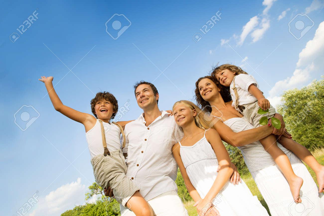 Happy family Stock Photo - 21957667