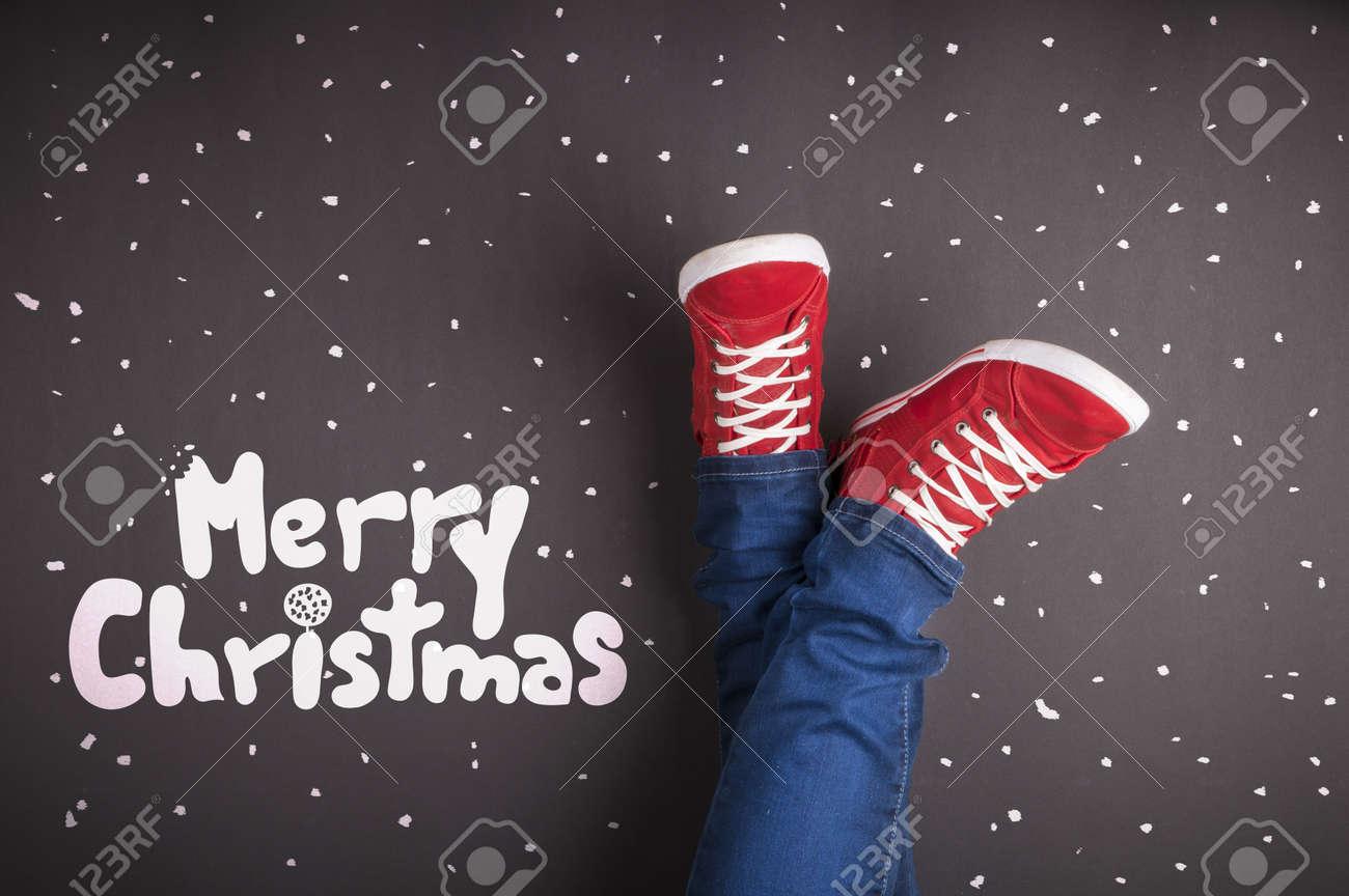 Weihnachten Konzept Mit Roten Schuhen Und Weiße Kreide Lizenzfreie ...