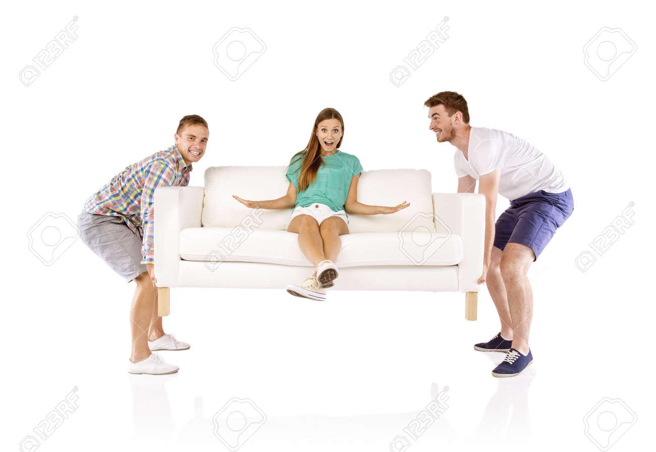 Две молодые пары на диване