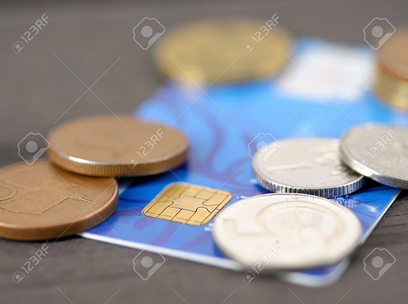 Makroaufnahme Alte Blaue Kreditkarte Mit Tschechischen Münzen Krone