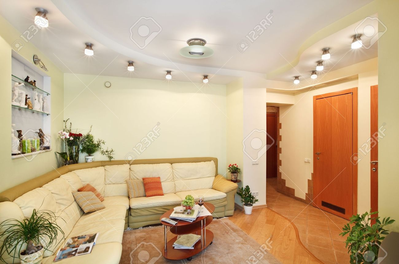 Drawing-room Interior with beige leather Sofa and Passage Stock Photo - 7262318