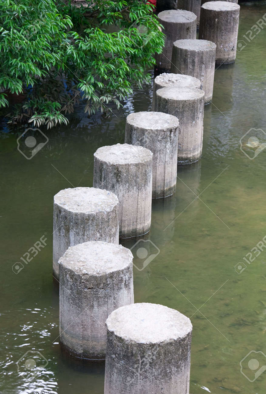 Stepping stones Stock Photo - 7994394