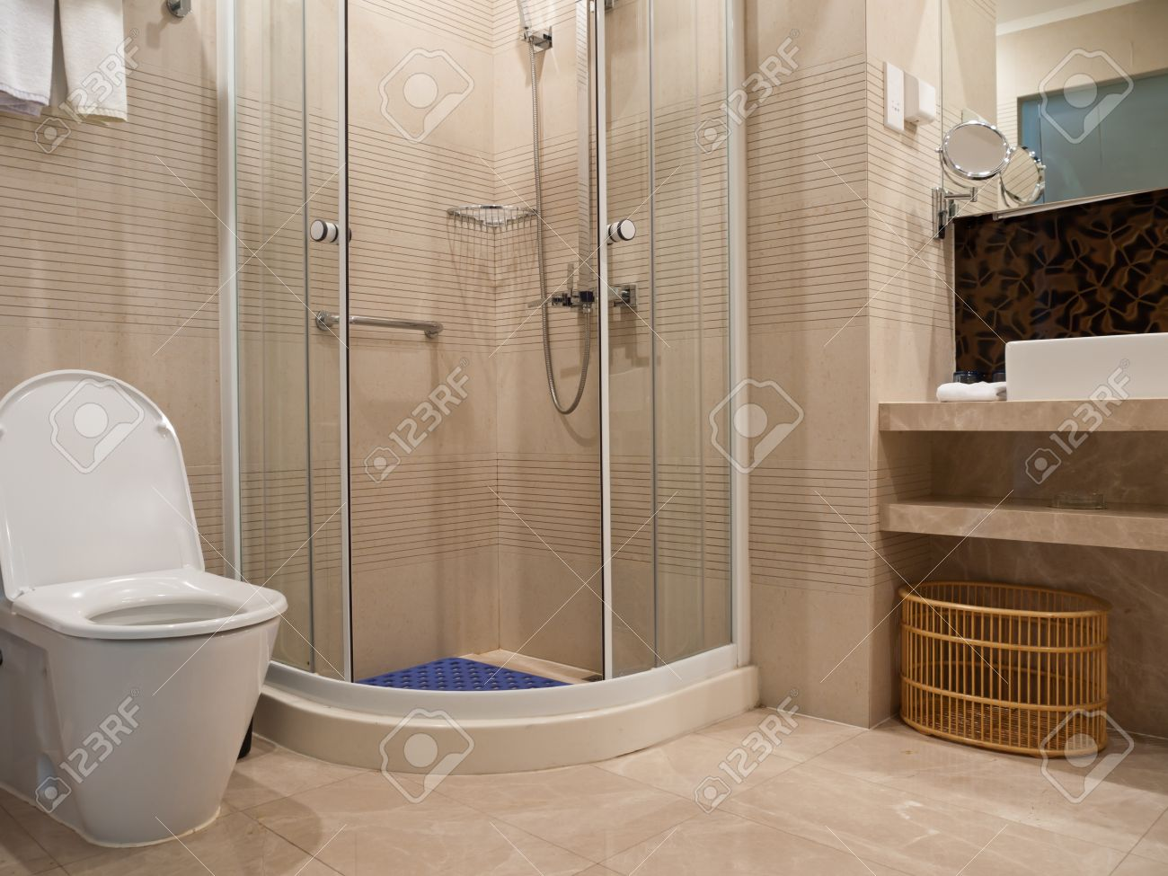 bathroom detail with toilet, basin, mirror and shower room,youngor