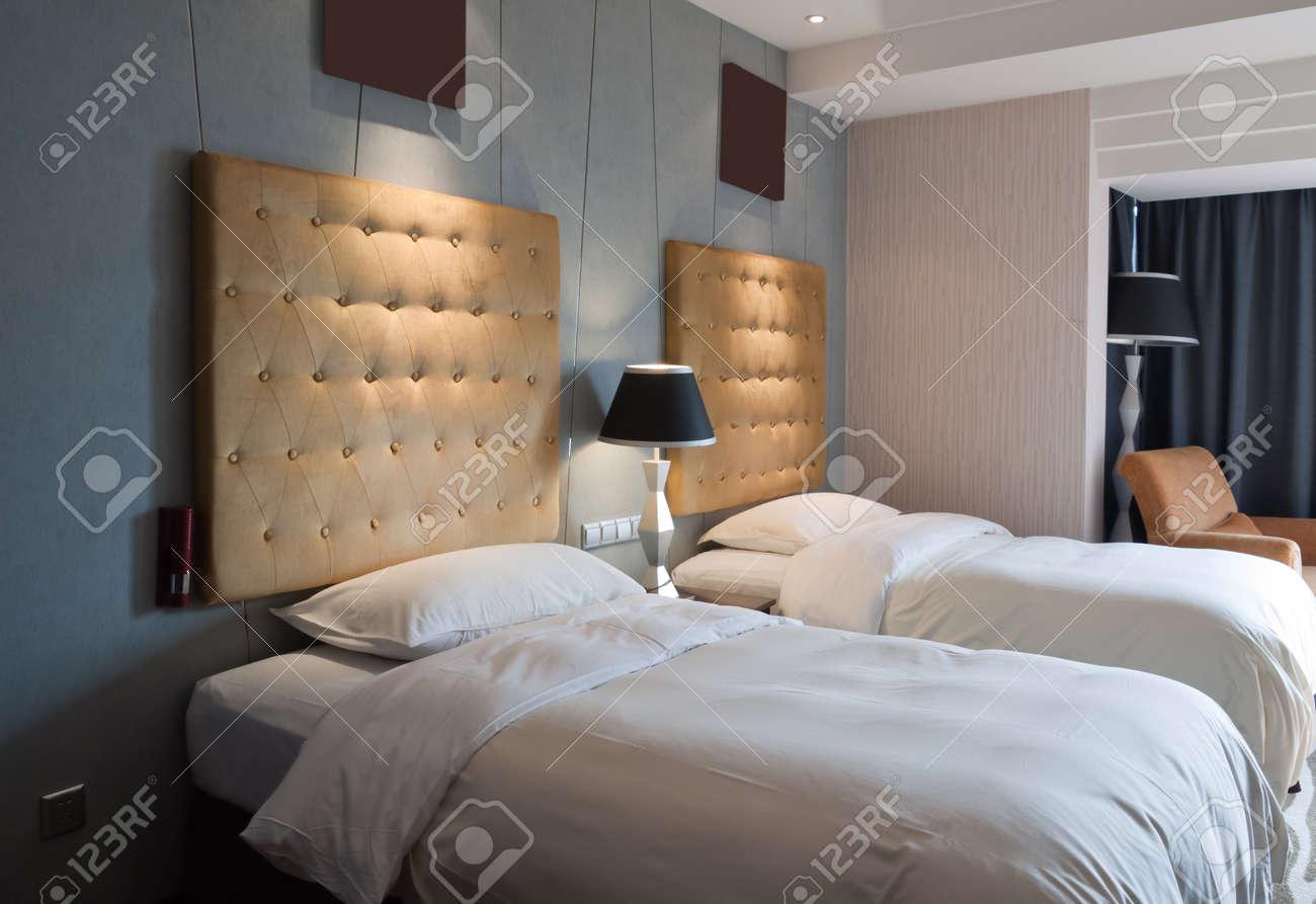 des lits jumeaux dans la chambre dhtel youngor leidisen htel suzhou - Lits Jumeaux