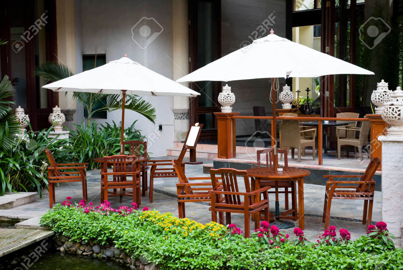 outdoor cafe at hotel garden eadry resort sanya hainan island