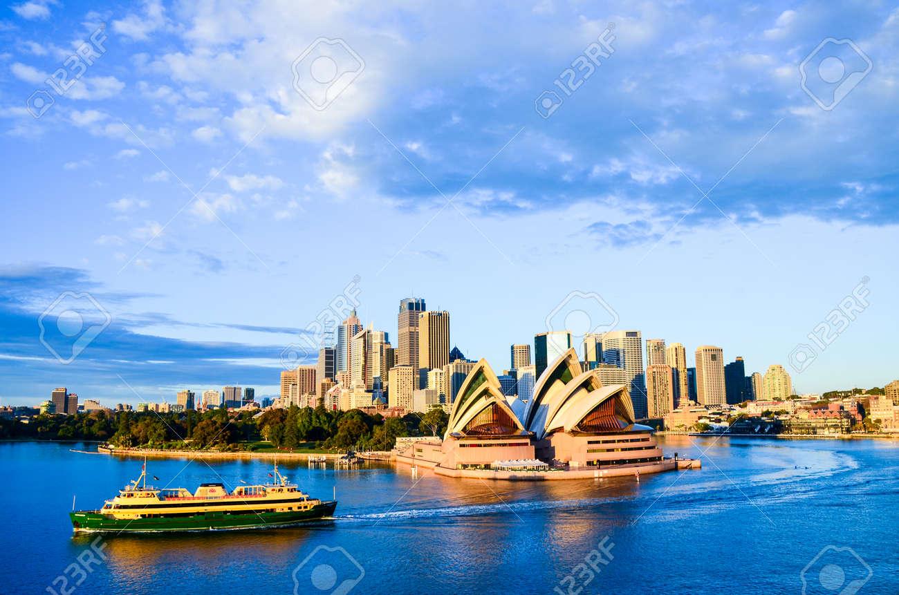 Sydney Opera House and City - 40097965