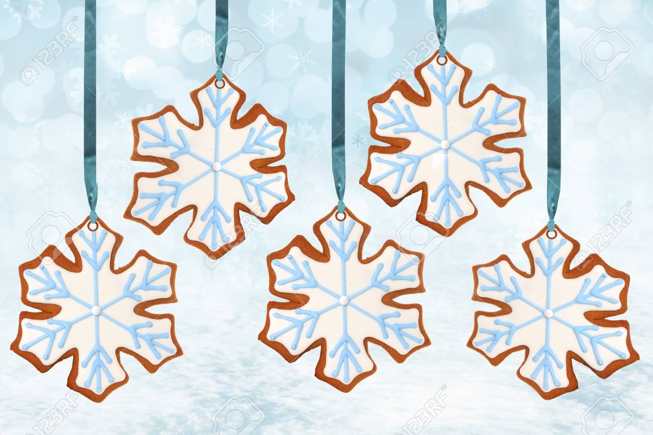 Christmas snowflake gingerbread cookies Stock Photo - 16738786