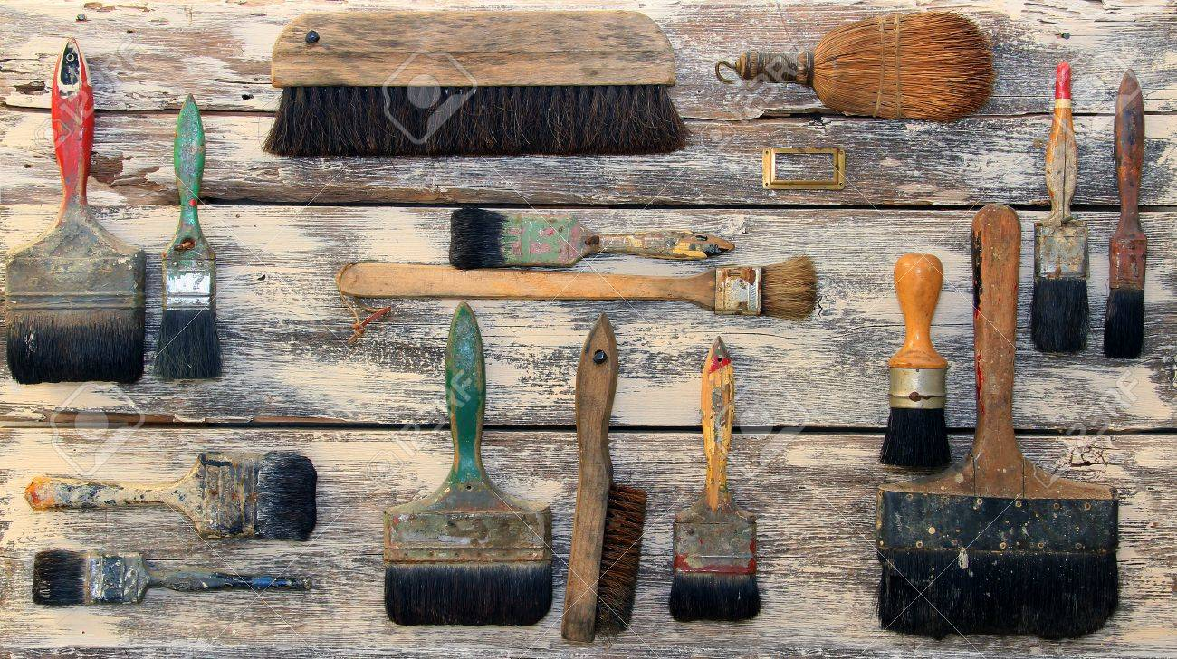 Collection of vintage paint brushes Stock Photo - 17309962