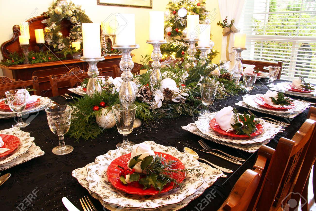 Charmant Banque Du0027images   Ensemble De Table De Salle à Manger Traditionnelle Pour  Le Dîner De Noël.