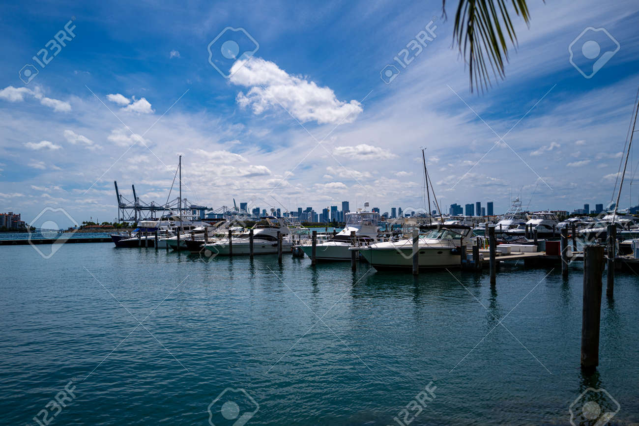 Yachts in Miami. Expensive vacation on the ocean. Ocean, sky and the city. - 170440939