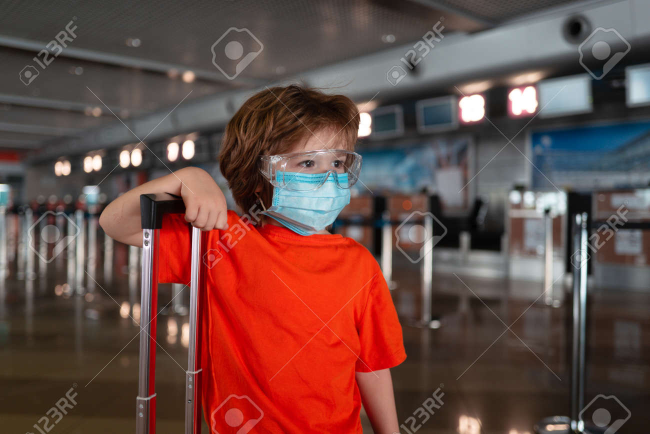 Child face in a mask and glasses. - 170440973
