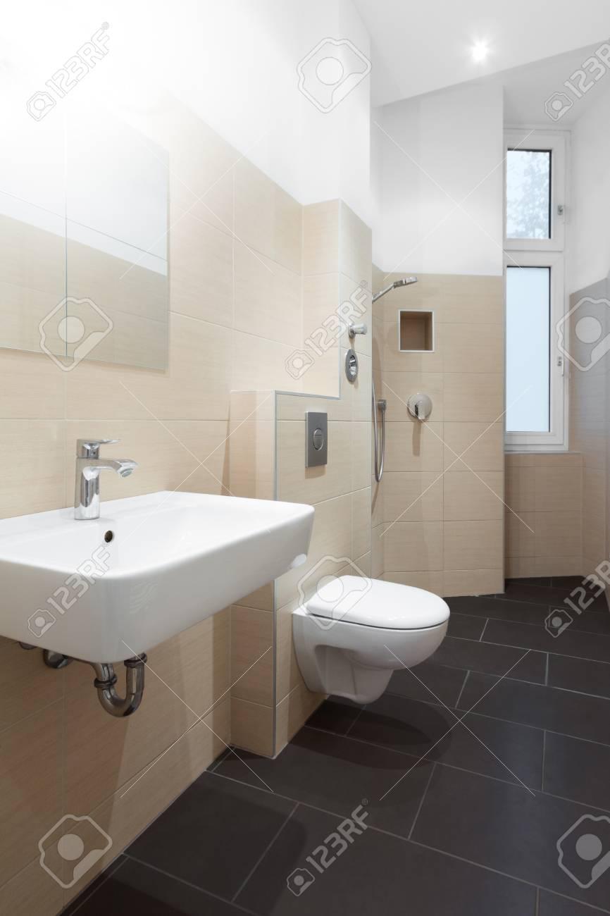 Moderno cuarto de baño - azulejos de cuarto de baño moderno