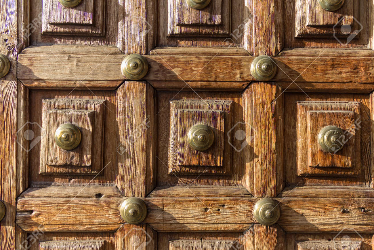 old door / antique wooden door background Stock Photo - 74350322 - Old Door / Antique Wooden Door Background Stock Photo, Picture And