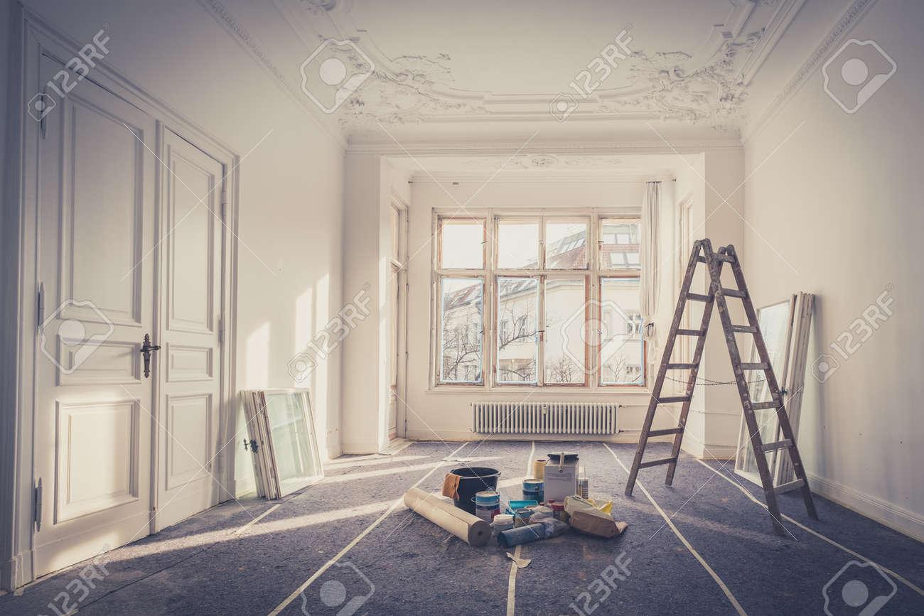 renovation - apartment during restoration - 89548721