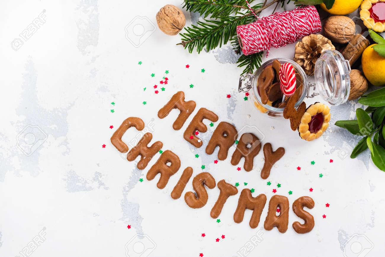 Buchstaben Frohe Weihnachten.Stock Photo