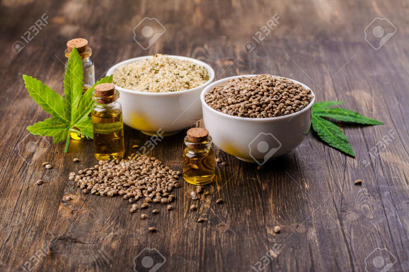 Organic hemp seeds and oil - 164172881