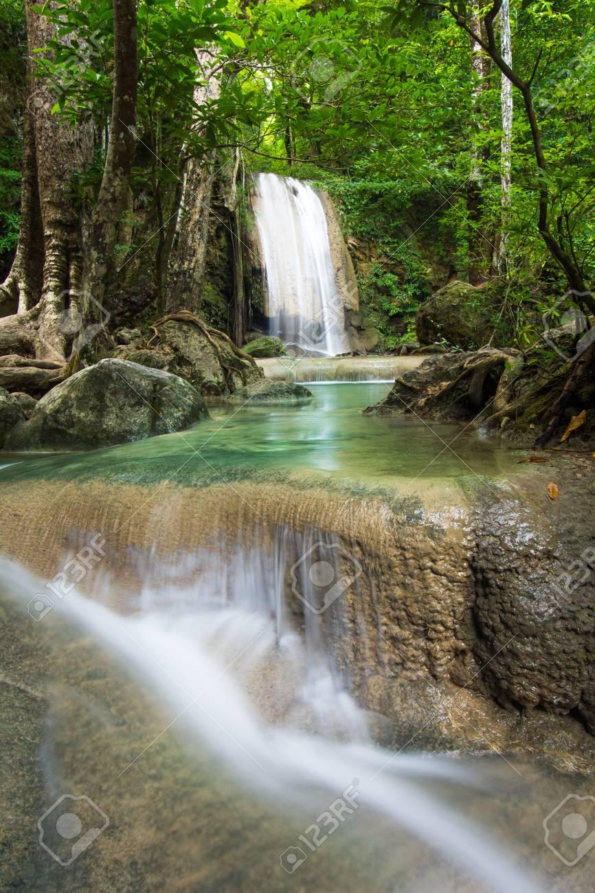 Beautiful Trees Emerald National Rocks Park Pools Layers Waterfall Zion Moving Wallpaper Screensaver 1920x1080