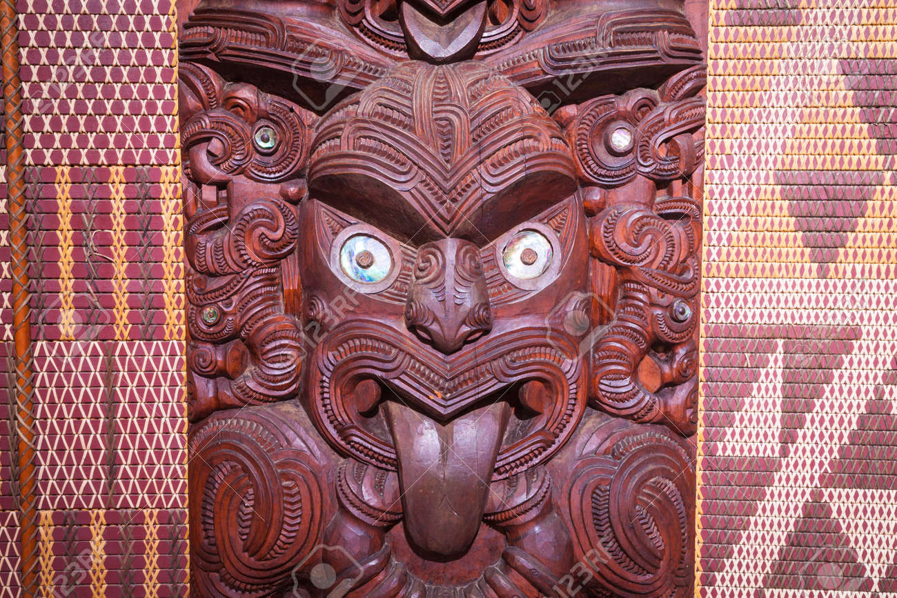 photo maori carving from new zealand
