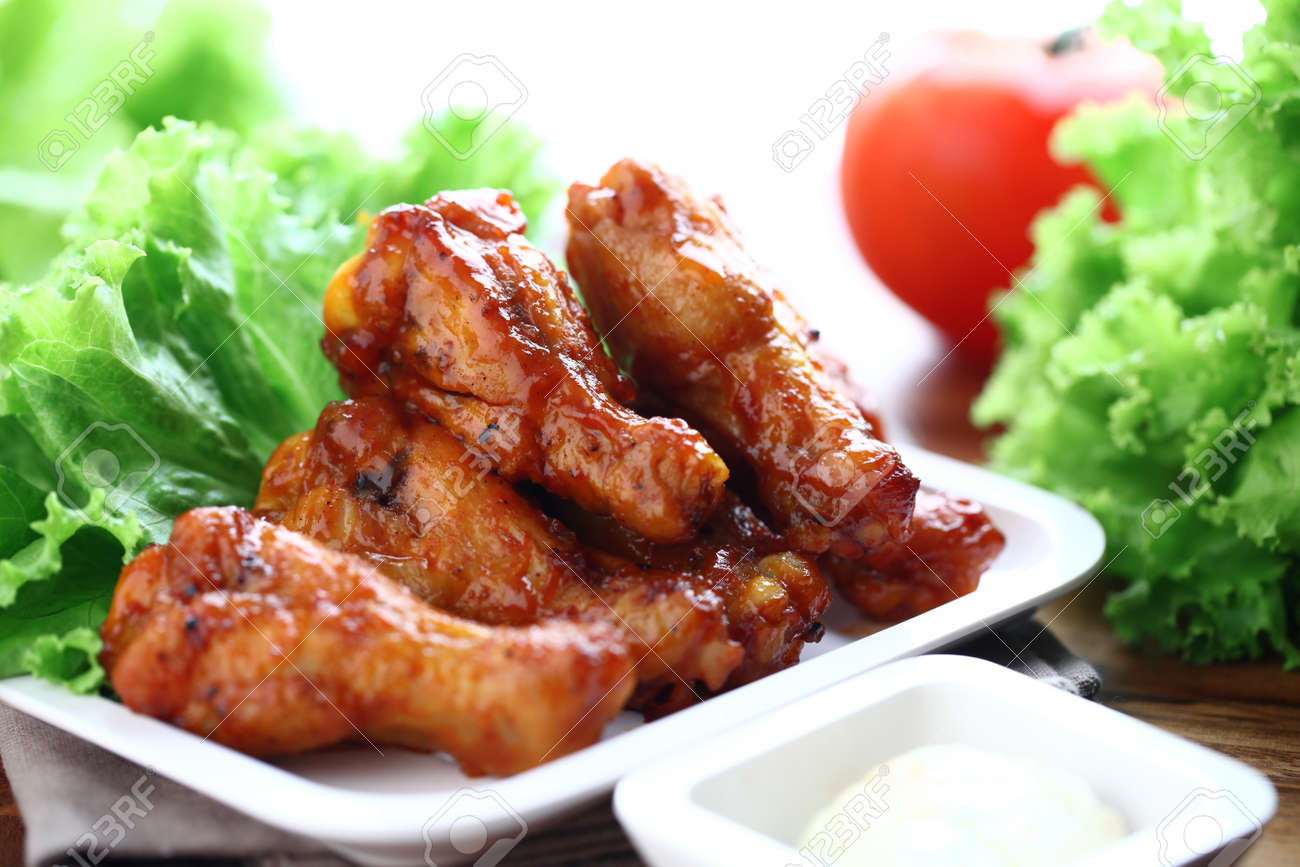 Plate of chicken wings Stock Photo - 11084363