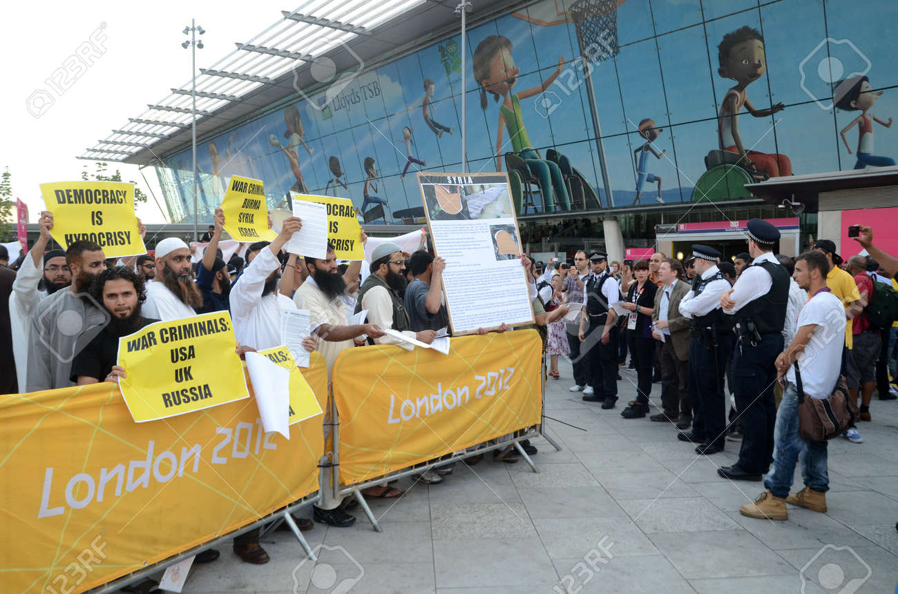 London � August 12: Radical Muslim Protesters outside the closing ceremony at the Olympic Stadium  In London  August 12th, 2012 in London, England. Stock Photo - 15837272