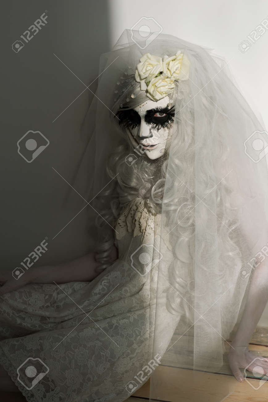 Halloween Witch. Beautiful Woman Wearing Santa Muerte Mask And ...