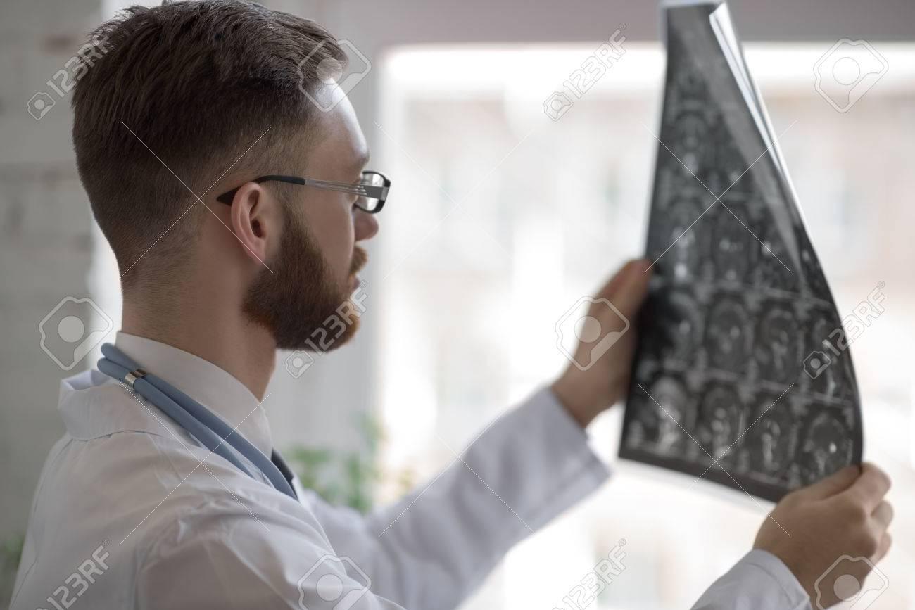 Beste Normale Ct Hirnanatomie Fotos - Anatomie Von Menschlichen ...