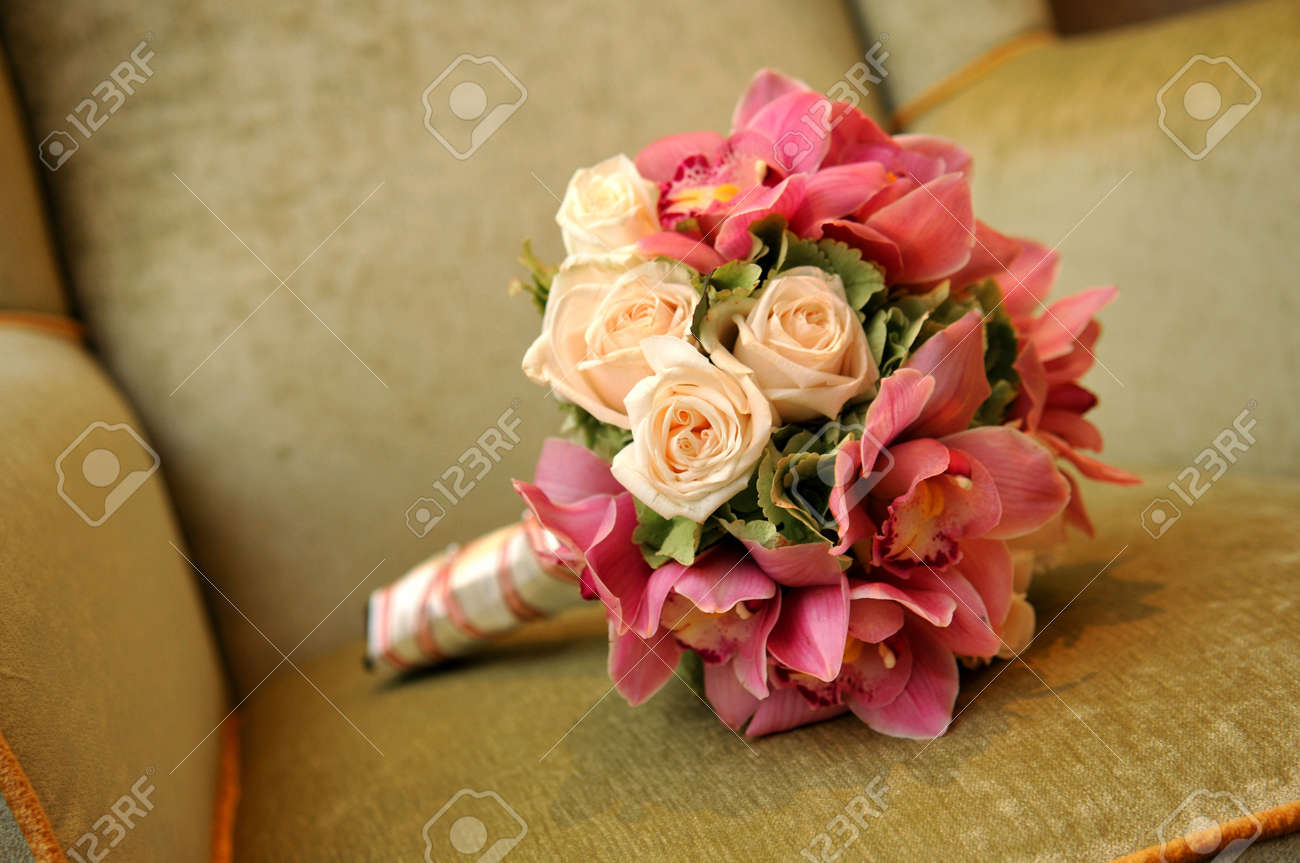 A Fresh Flower Hand Bouquet For The Bride Stock Photo, Picture And ...