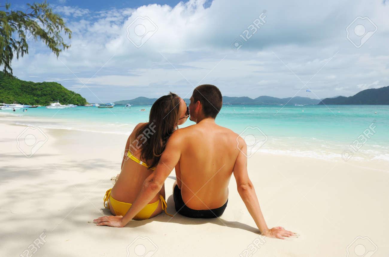 Фото на пляже пары 13 фотография