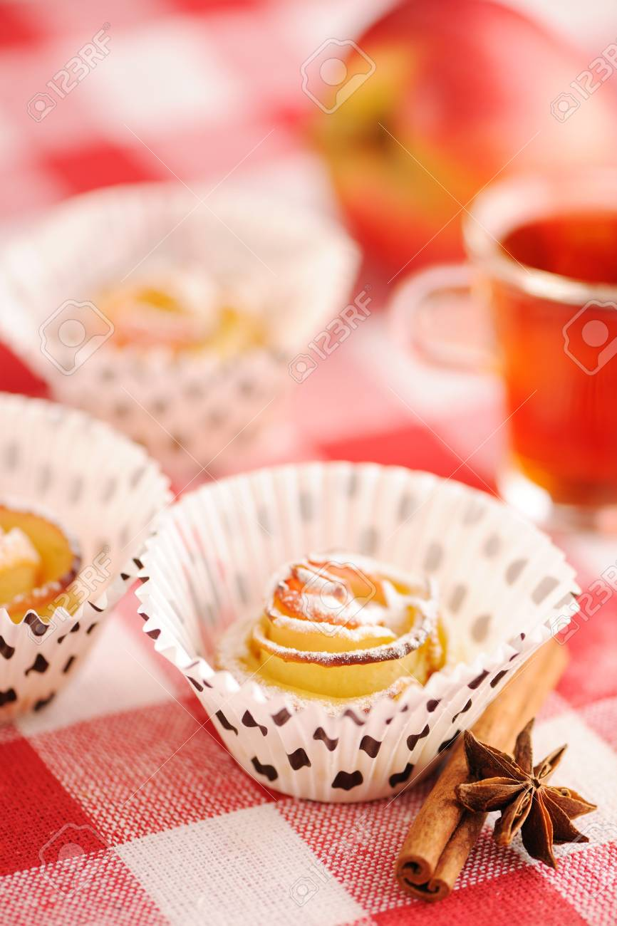 Delicious apple pies dessert on red cloth Stock Photo - 13144690