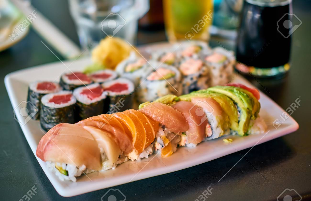 Rainbow Sushi Roll On Table In Restaurant Lizenzfreie Fotos Bilder