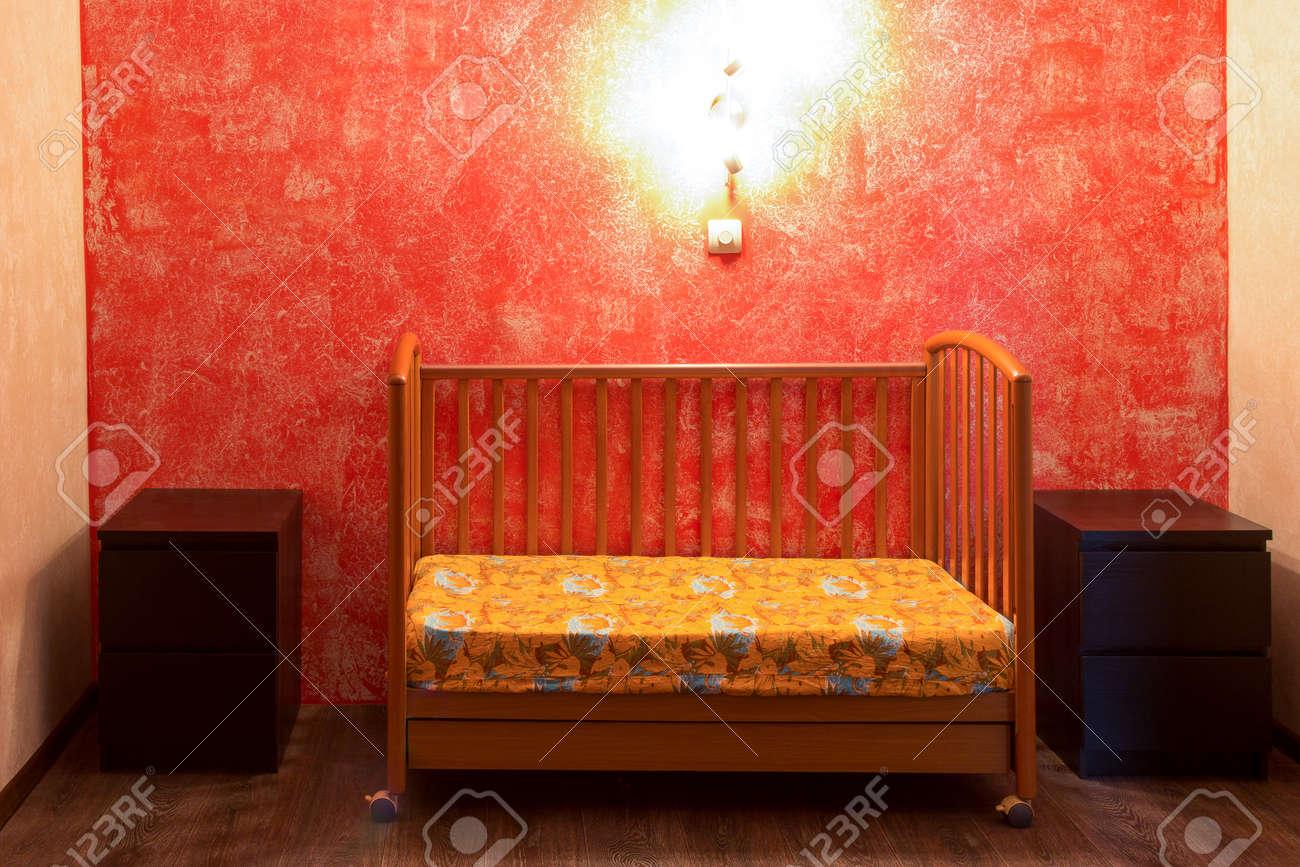 Chambre A Coucher Gris Et Rouge. Decoration Cuisine Grise Et Rouge ...