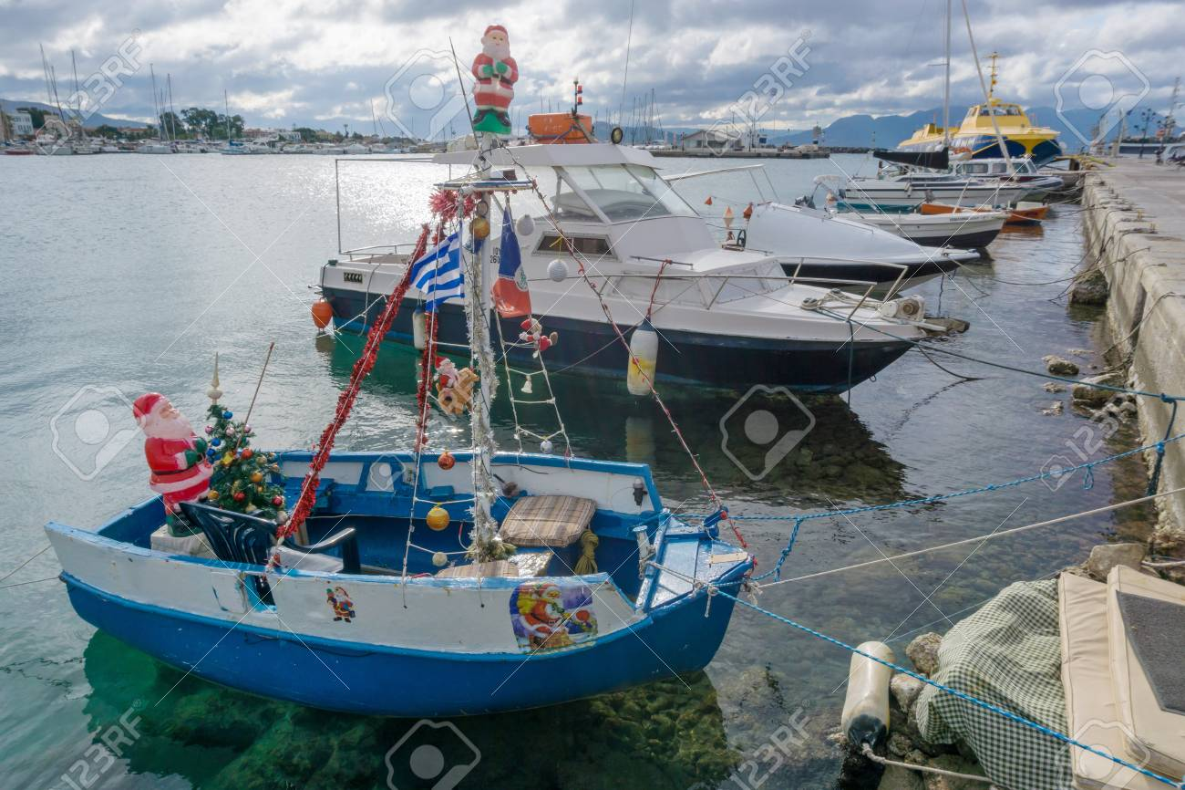 Christmas Boat Greece.Boat Decorated For Christmas In The Port Of Aegina Greece
