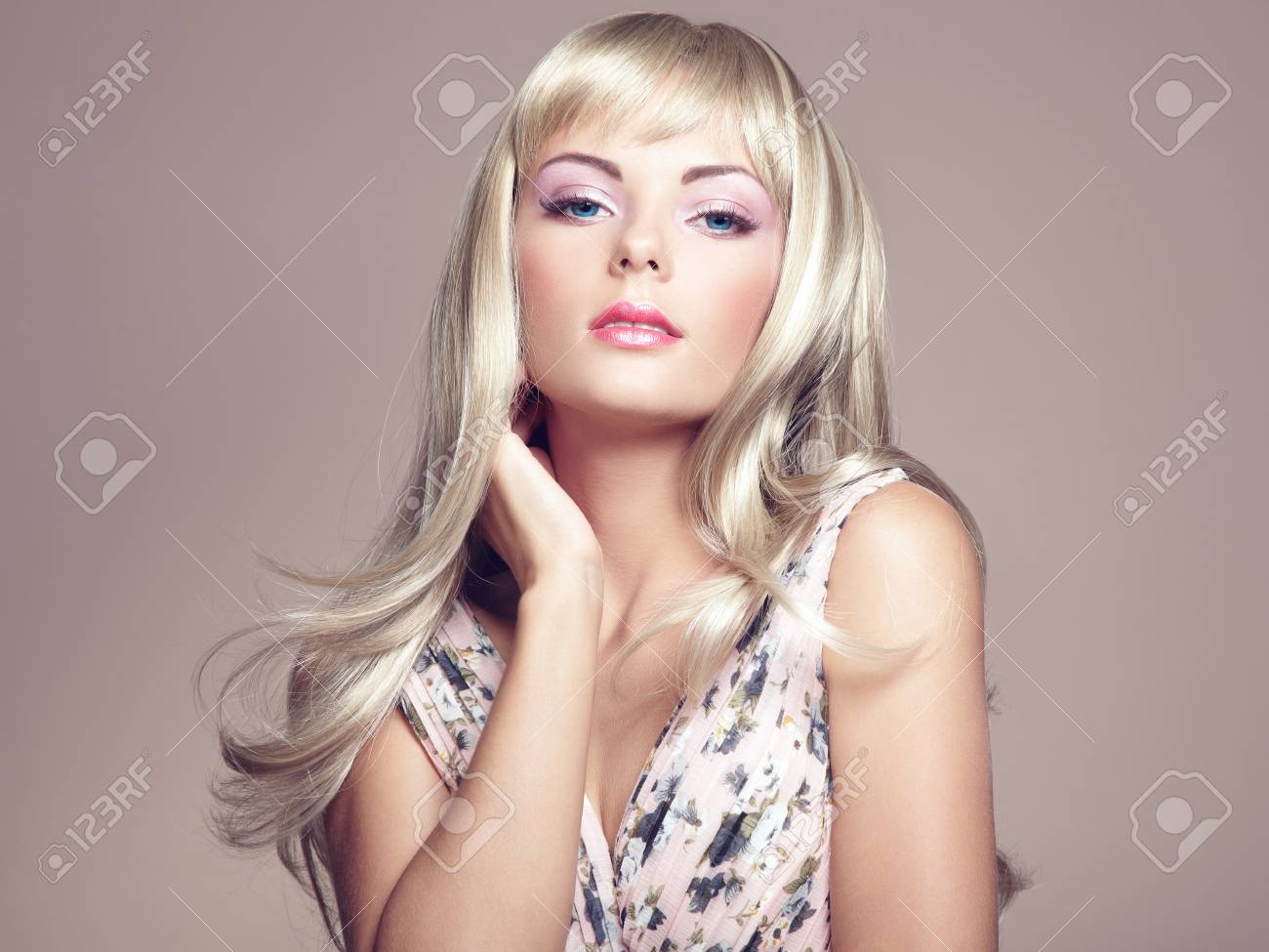 Photo of beautiful woman with magnificent hair Stock Photo - 20619477