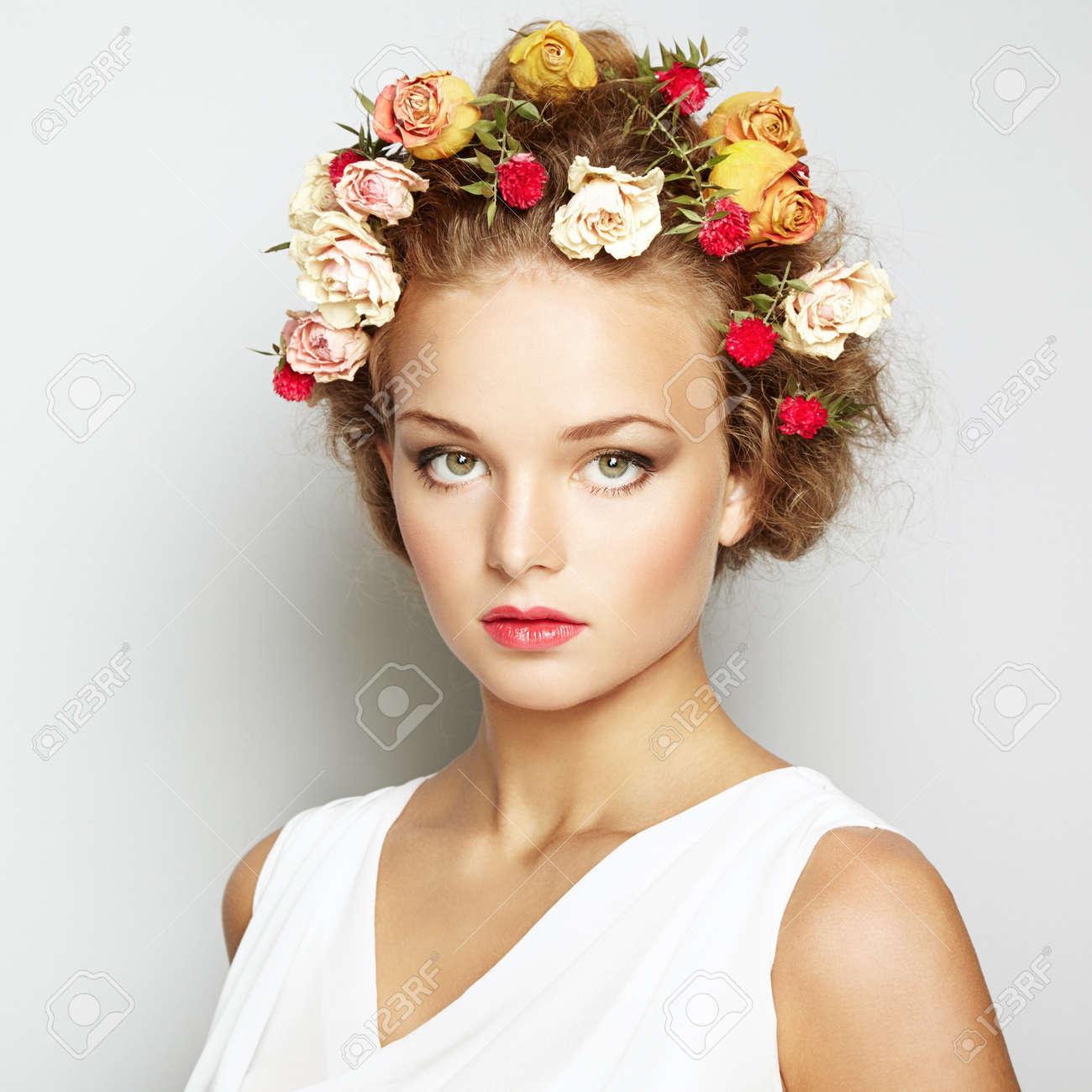Прически для лица цветы