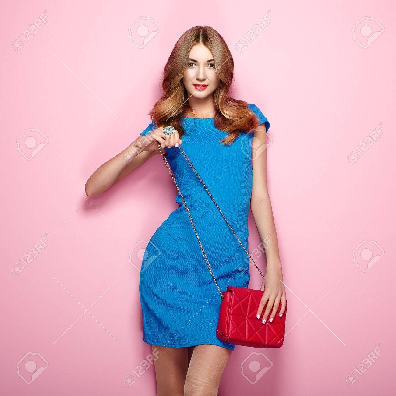 Encantador Vestido De La Dama De Honor Azul Huevo De Pato Ideas ...