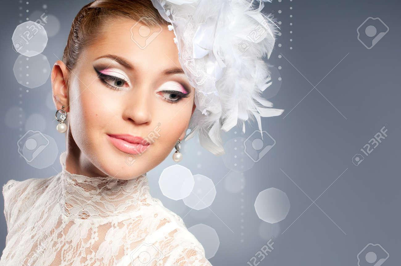 Beauty bride portrait - 10934782