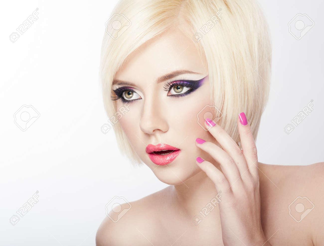 Maquillaje de ojos para pelo corto