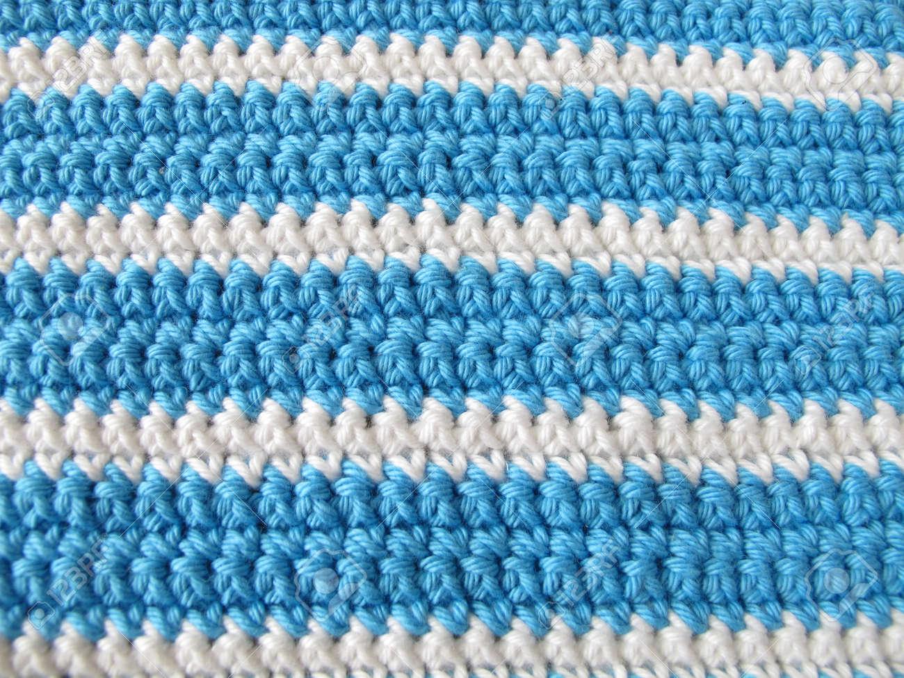 Pattern Hintergrund Von Einzel Häkeln Stich In Weiß Und Blau ...