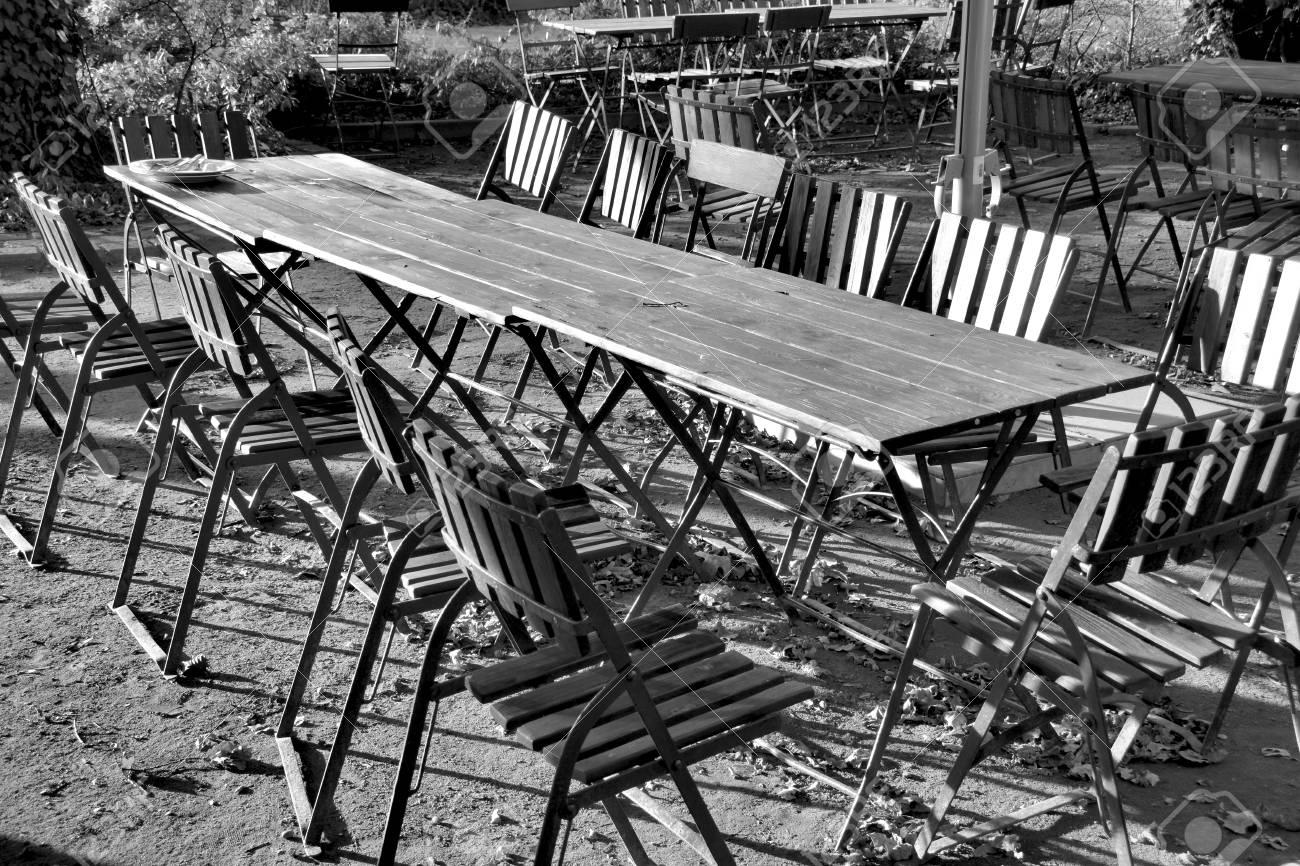 biergarten tische und stühle